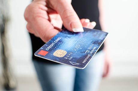 Lainaa pankkikortilla